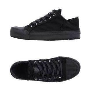 MM6 Women Black Low-tops &Sneakers Textile Fibers